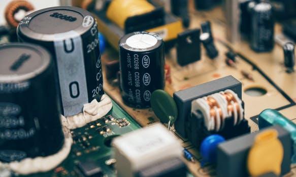 capacitors.jpeg